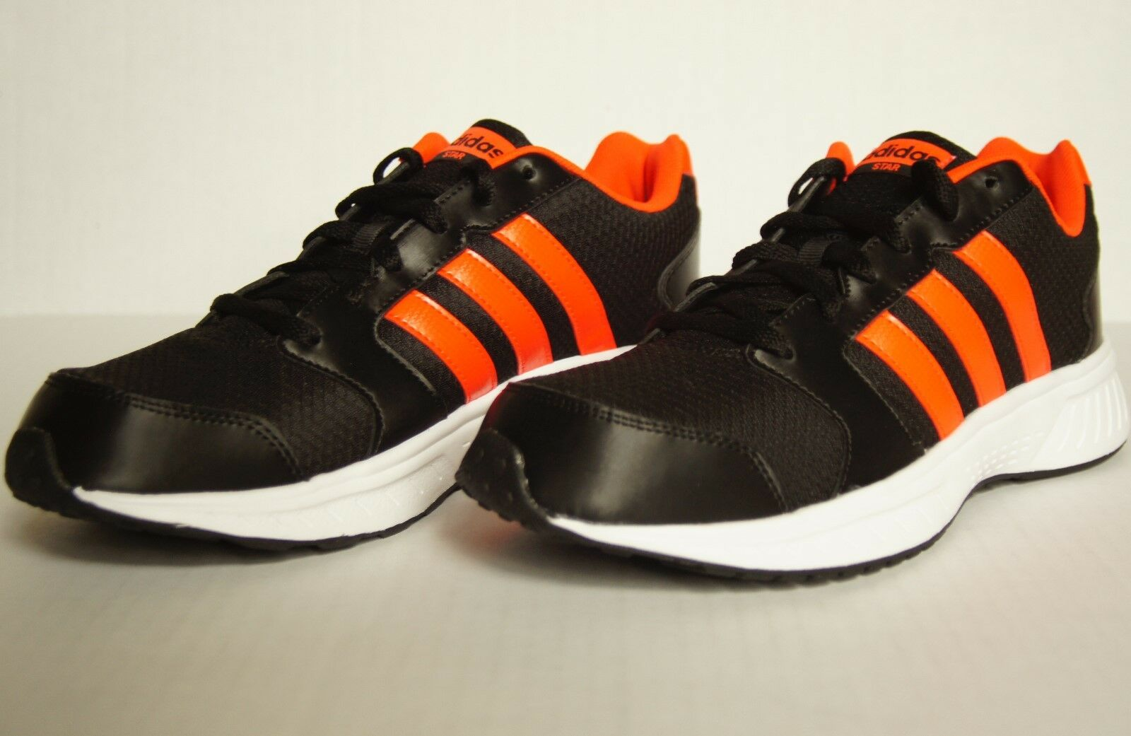 New Mens Adidas Neo VS Star Running/Athletic Shoes Sz 9 AW5261 Black/Solar Red Wild casual shoes