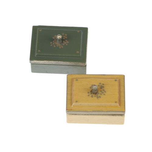 1:12 Miniature vintage sewing box with lid dollhouse decoration accessories