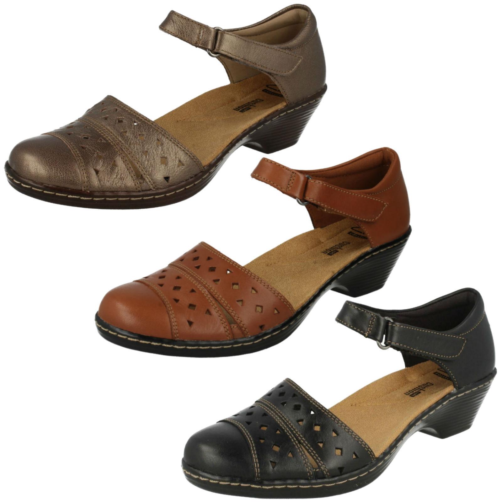 Damen Clarks Wendy Laurel Leder Klettverschluß Leicht Sandalen