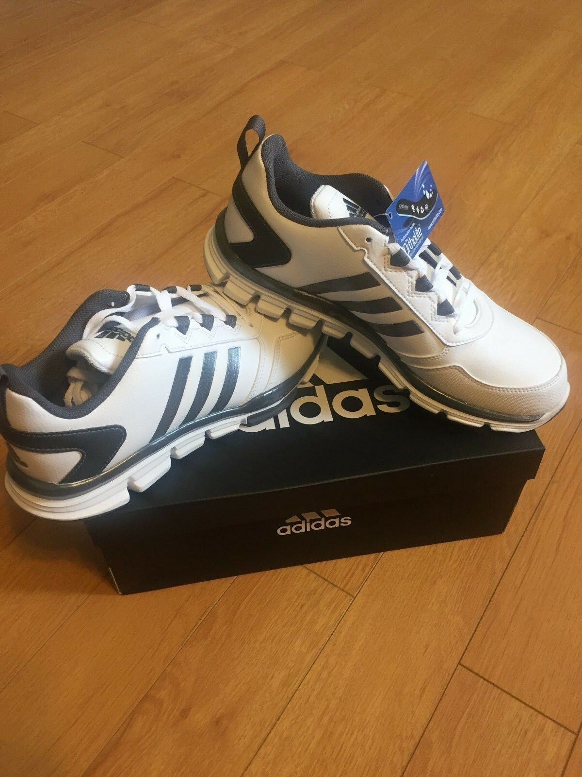 Brand New Men's size 8.5 Adidas Trainer 2 SLT Very Nice Back to school !! best-selling model of the brand