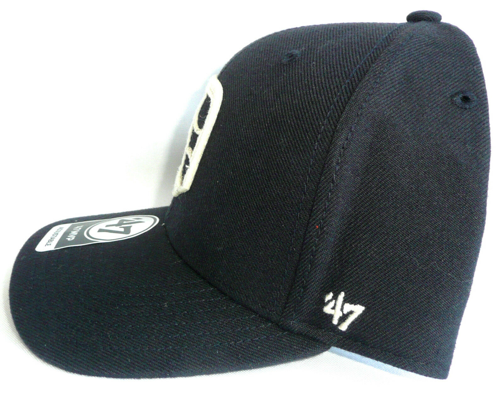 a15627dfaa9e7 ... official store detroit tigers 47 forty seven brand adjustable brim mvp  hat navy pre curved brim