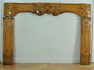 Grande-Cheminee-Ancienne-Louis-XV-Cerisier-Arbalete-Deco-Architecte-Ep-18-eme