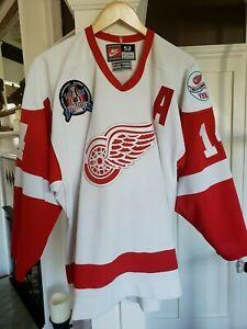 Detroit-Red-Wings-Brendan-Shanahan-1OO-Authentic-Pro-Nike-Jersey-sz-52