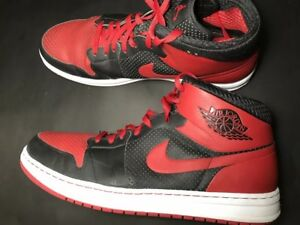 f36c5508158 NIKE AIR JORDAN 1 Alpha Black Varsity Red-White Chicago Bulls 392813 ...