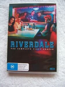Riverdale-The-Complete-First-Season-DVD-3-Disc-Set-EUC