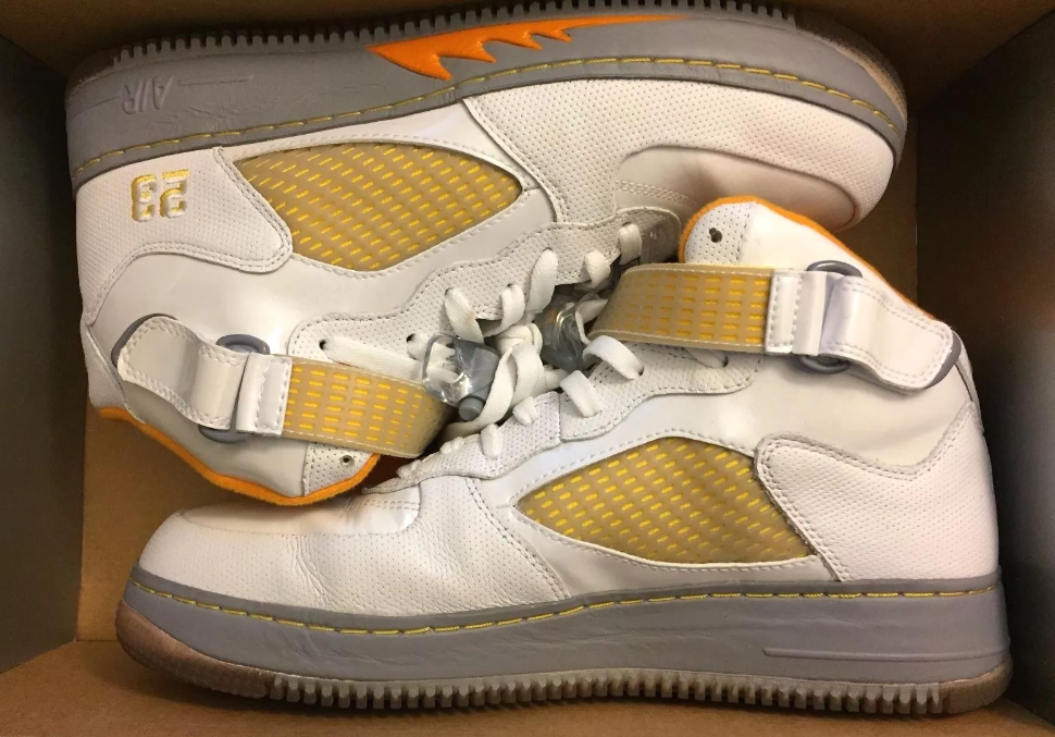 Hombre Nike Air Force ligeramente Jordan aj5 tamaño muy ligeramente Force usado caja original f53161