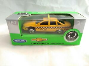 CHEVROLET-CAPRICE-NEW-YOR-TAXI-ESCALA-1-60-IDEAL-COLECCIONISTAS