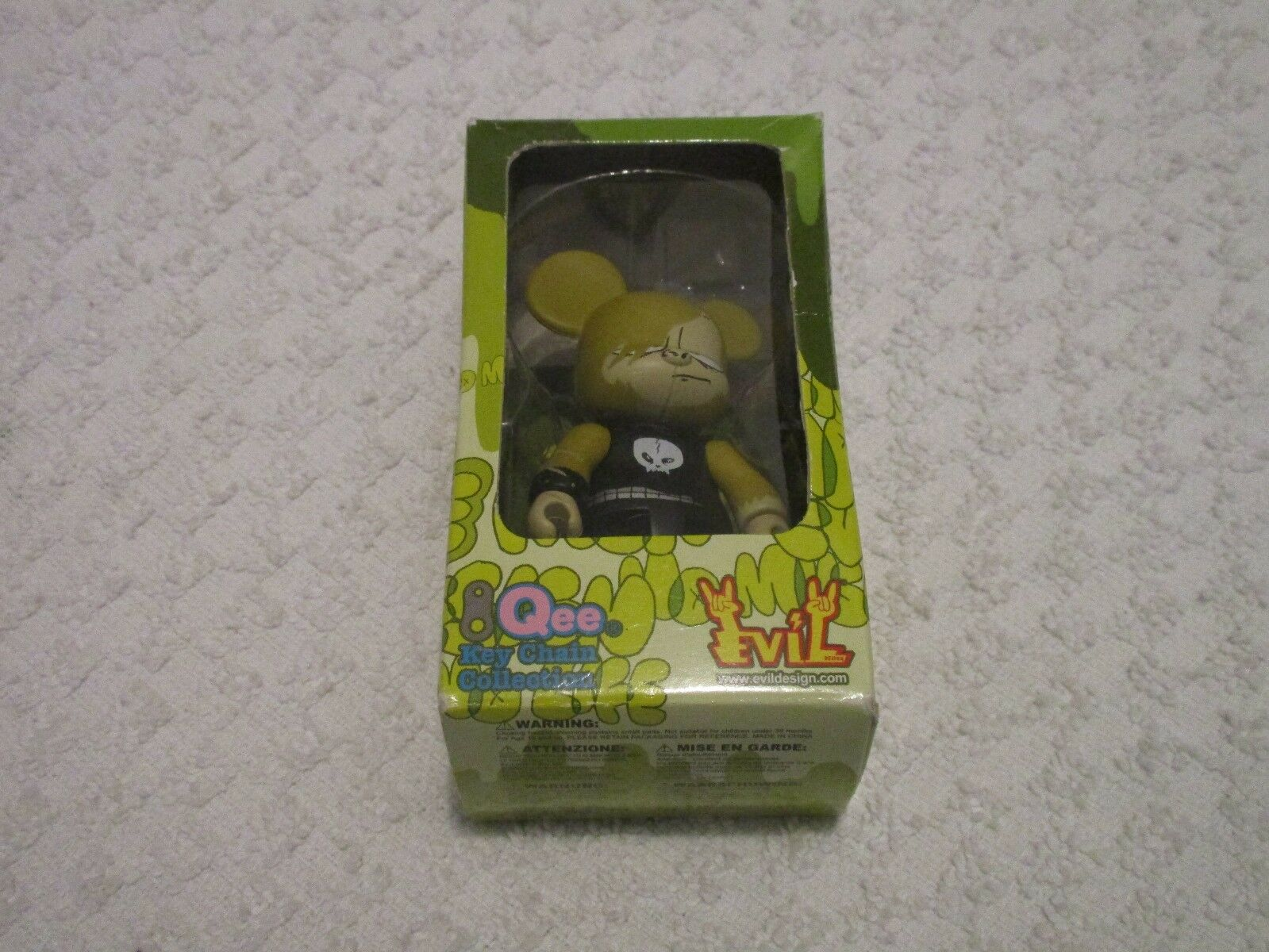 Toy2r Qee Key Chain Tower Records MCA Evil Evil Evil Ape 8ce6f9
