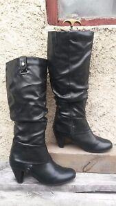 bottes-noires-pointure-39-occasion-marque-ALTRAMAREA-bon-etat-general