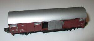 Arnold-Gedeckter-Gueterwagen-Gattung-Gbs-2-achsig-braun