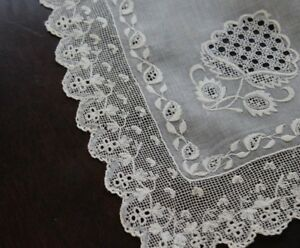 Vtg-Antique-Rare-Dresden-Whitework-Lace-Early-19th-Century-Shawl-Pelerine