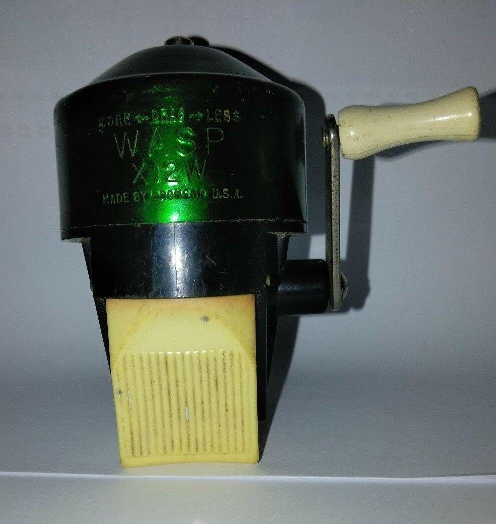 VINTAGE BRONSON WASP X12W  CASTING REEL( SCARCE)  just buy it