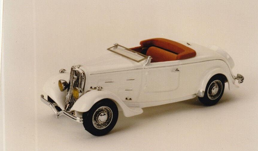 Kit pour miniature auto CCC   Peugeot 401 roadster référence 29