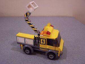LEGO-City-Utility-Lift-Lighting-Repair-Truck-3179-RETIRED-Not-COMPLETE-Set