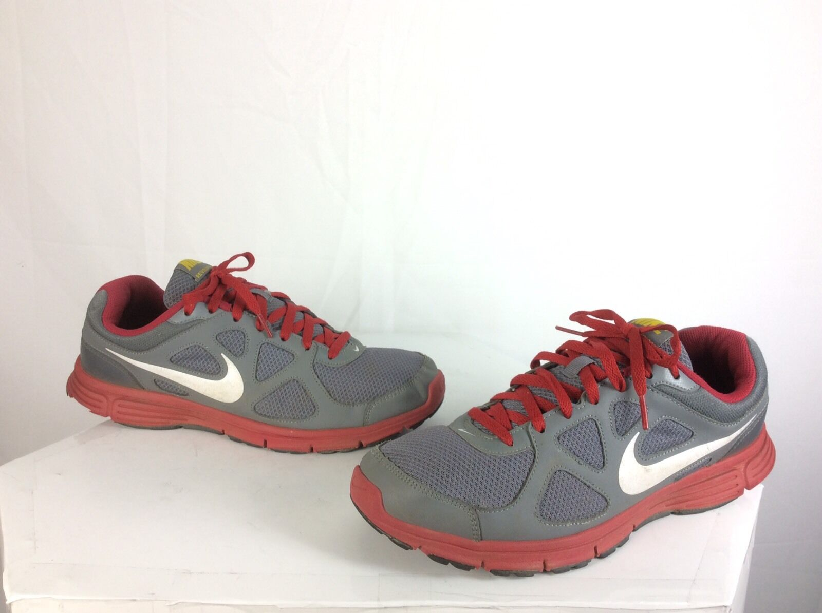 Nike Revolution Men's Gray Red Lace Athletic Sneaker Gym Running Shoes Sz 11.5 Casual wild