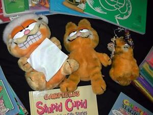 Garfield-Collection-24-items-from-1980s-1990s-books-stuffed-Garfields