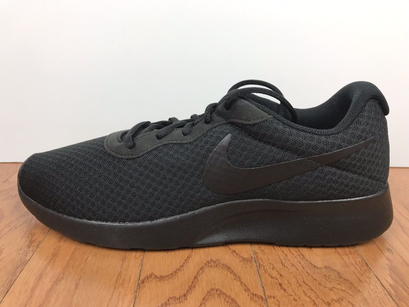 8e494909f25af6 Men s Nike Tanjun shoes shoes shoes Training Size-11 Black Anthracite  RUNNING (812654 001 ...