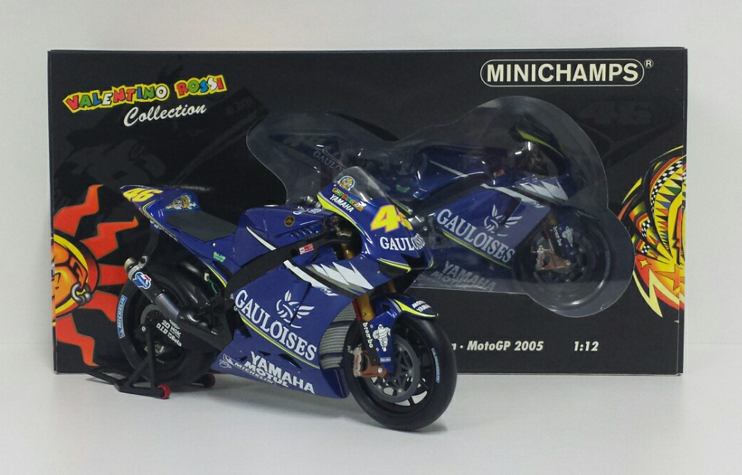 MINICHAMPS VALENTINO ROSSI 1 12 MODELLINO MOTOGP YAMAHA M1 2005 DIECAST MOTO NEW