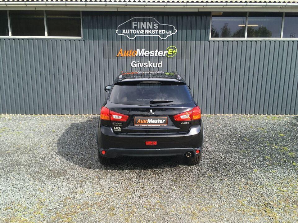 Mitsubishi ASX 1,6 Invite Benzin modelår 2015 km 19000