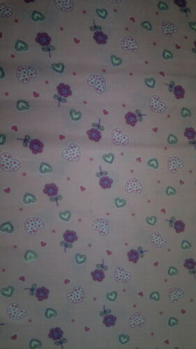 Brand New Flower//Heart Print Fabric 1 Yard