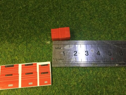 1:76 scale//00 Gauge 3D Printed Tool Cabinets red