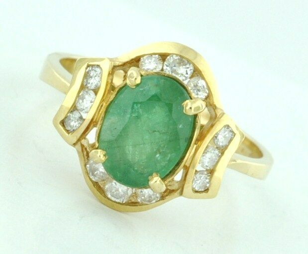 14k Solid Yellow gold Natural Oval Emerald  Ring  1.73 ct Size 5 to 8