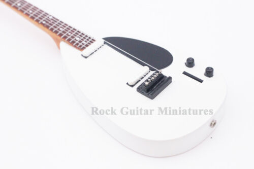 RGM695 Chris Martin COLDPLAY White Miniature Guitar