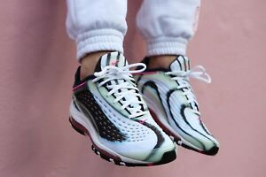 5c1b4efcdc8bd1 NIKE AIR MAX DELUXE