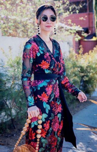 5108621e420 Größe Kleid Schwarzes Rot Zara Pailletten M Einheitsgröße Crossover WXqW1I
