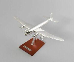 Virgin Galactic spaceship two plata avión listo modelo escala 1:200
