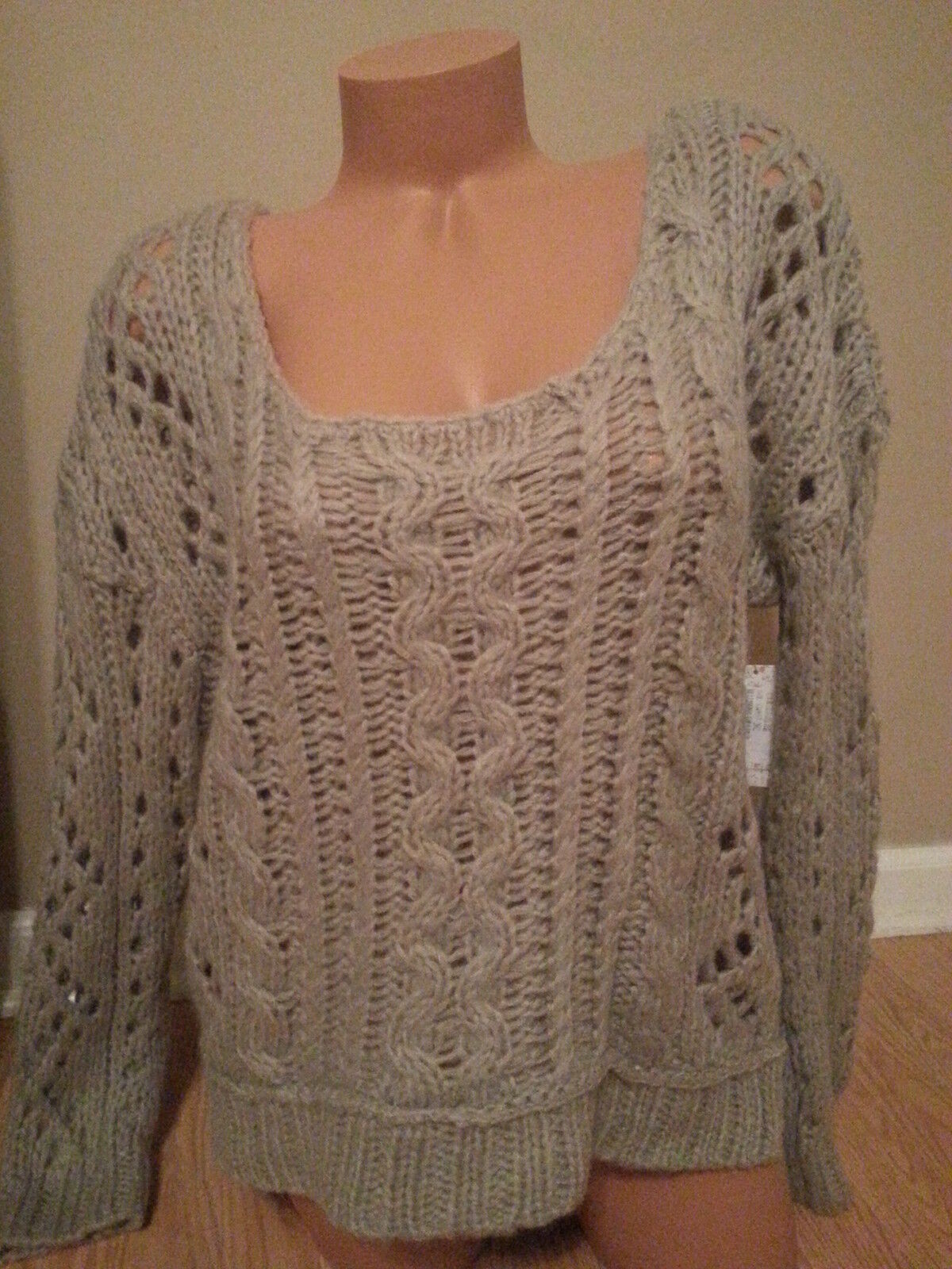 NWT Free People Knit Off Shoulder Sweater Size M Oatmeal VERY NICE