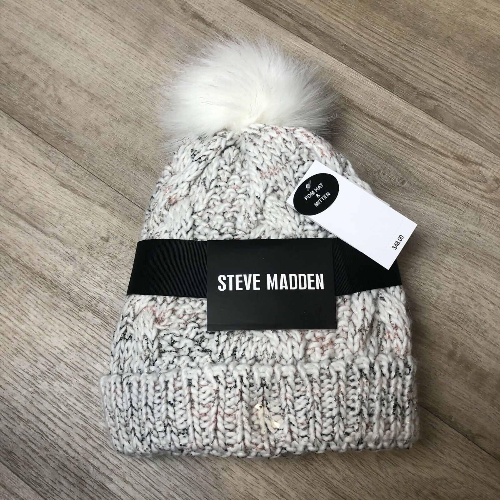 NWT Steve Madden pom hat & mittens set knit knitted soft stretch winter holiday