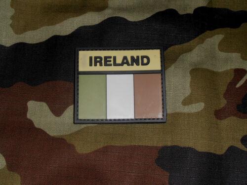IRLANDAIS IRLANDE caoutchouté atténué Drapeau crochet et type doublé Patch