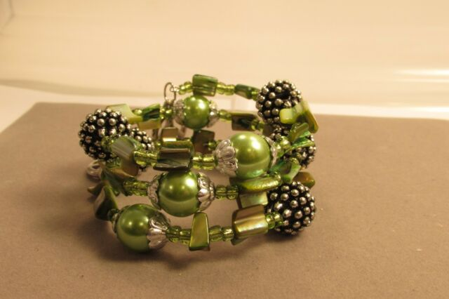 Seed Bead Bangle Shell Coil Bracelet Peace Heart Silver Charm Pink,Bronze,Green