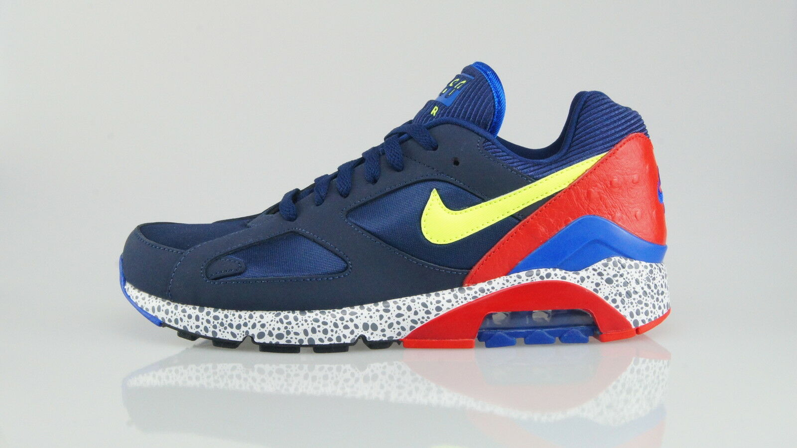 NIKE AIR MAX 180 (8,5US) Size 42 (8,5US) 180 61a32f