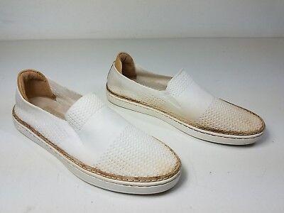 $110 size 6 UGG Australia Sammy White