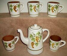 STANGL GOLDEN GRAPE POTTERY PITCHER COFFEE POT & 5 MUGS CUPS USA