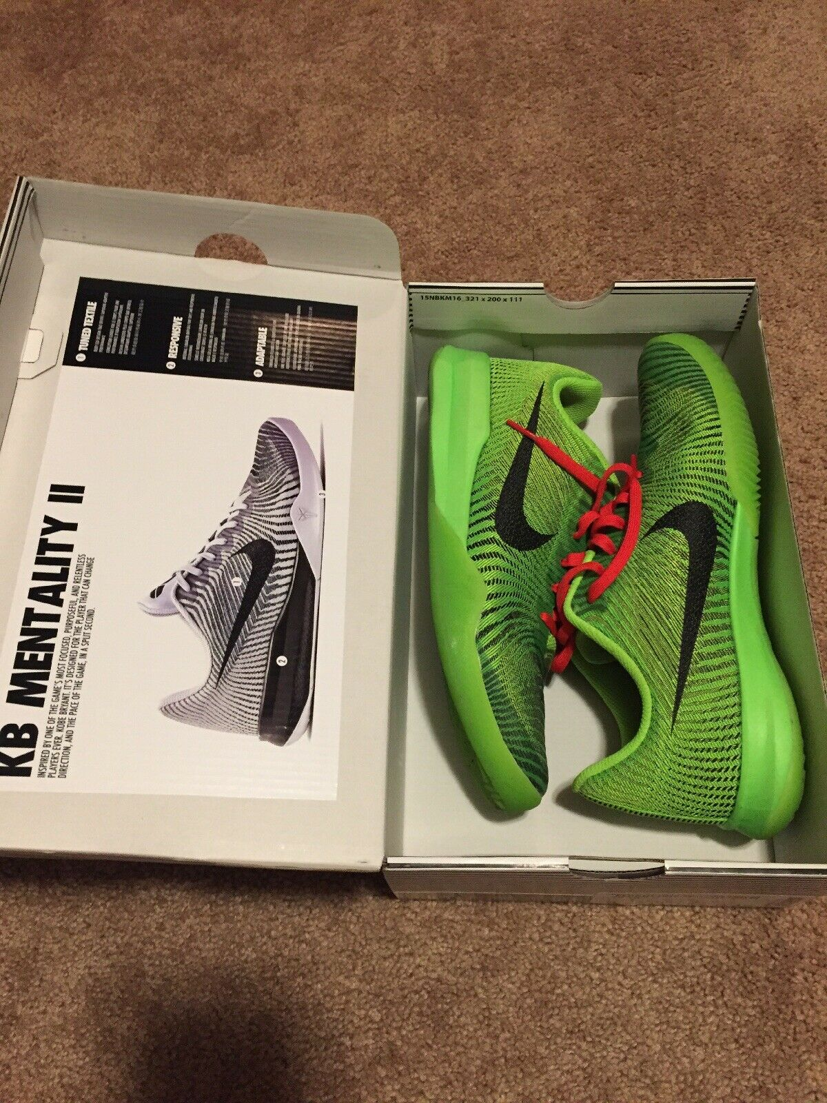 Nike Kobe kb Mentality 2 Grinch Electric Green Christmas Mamba  Sz 8.5 Pre Owned