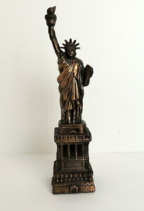 VIntage-Statue-Of-Liberty-New-York-Figurine-Souvenir-11-5-034-High-Metal