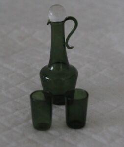 AgréAble Vintage Lot De Miniature Maison De Poupées Verre Vert Aiguiere & Gobelet-afficher Le Titre D'origine