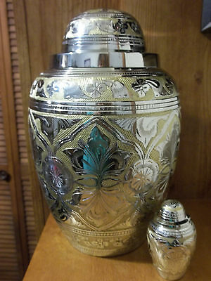 Adult Brass Urn~Silver & Gold Embossed Dome Lid + Free Keepsake~~up to 230 lbs