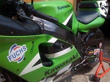 KAWASAKI ZXR750 1991-1995 CRASH MUSHROOMS FAIRING PROTECTOR SLIDERS BOBBINS R7D2