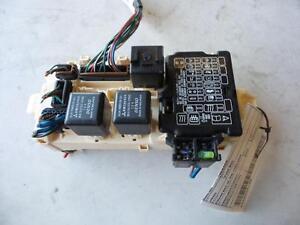 mitsubishi verada fuse box in engine bay kl kw 07 03 09 05 ebay rh ebay com Mitsubishi Verada Black 1992 Mitsubishi Verada Black 1995