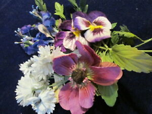 Vtg-Millinery-Flower-Collection-Purple-Velvet-Pansy-1-3-034-Blue-Czech-German-H3447