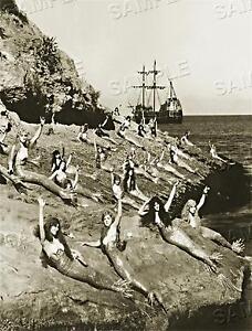 1920-039-s-MERMAIDS-on-the-ROCKS-Sea-Nymph-HOLLYWOOD-Vintage-PHOTO-CANVAS-Art-PRINT