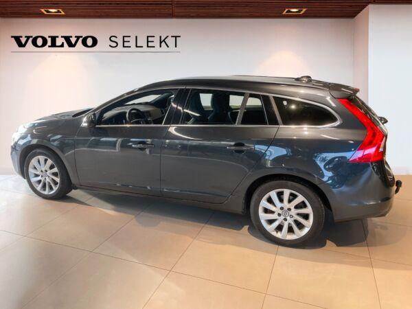 Volvo V60 2,0 D4 190 Momentum Eco aut. - billede 1
