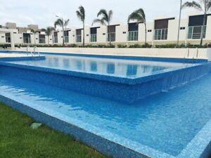 Casa NUEVA en venta en residencial de Cancun CON ALBERCA