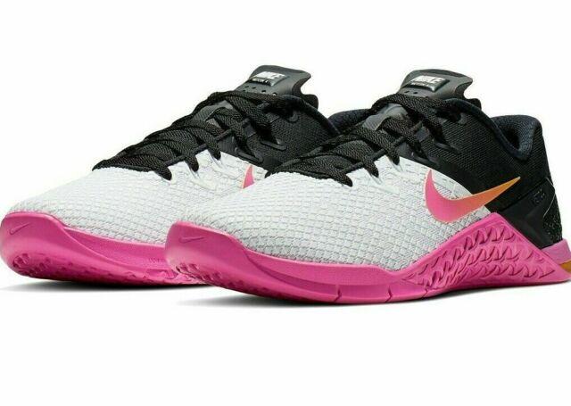 Nike Womens Metcon 4 White Black