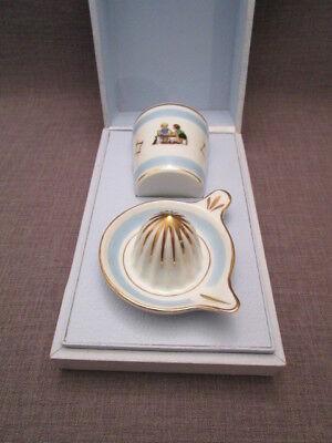 presse agrume et verre assorti ancien en porcelaine,en écrin