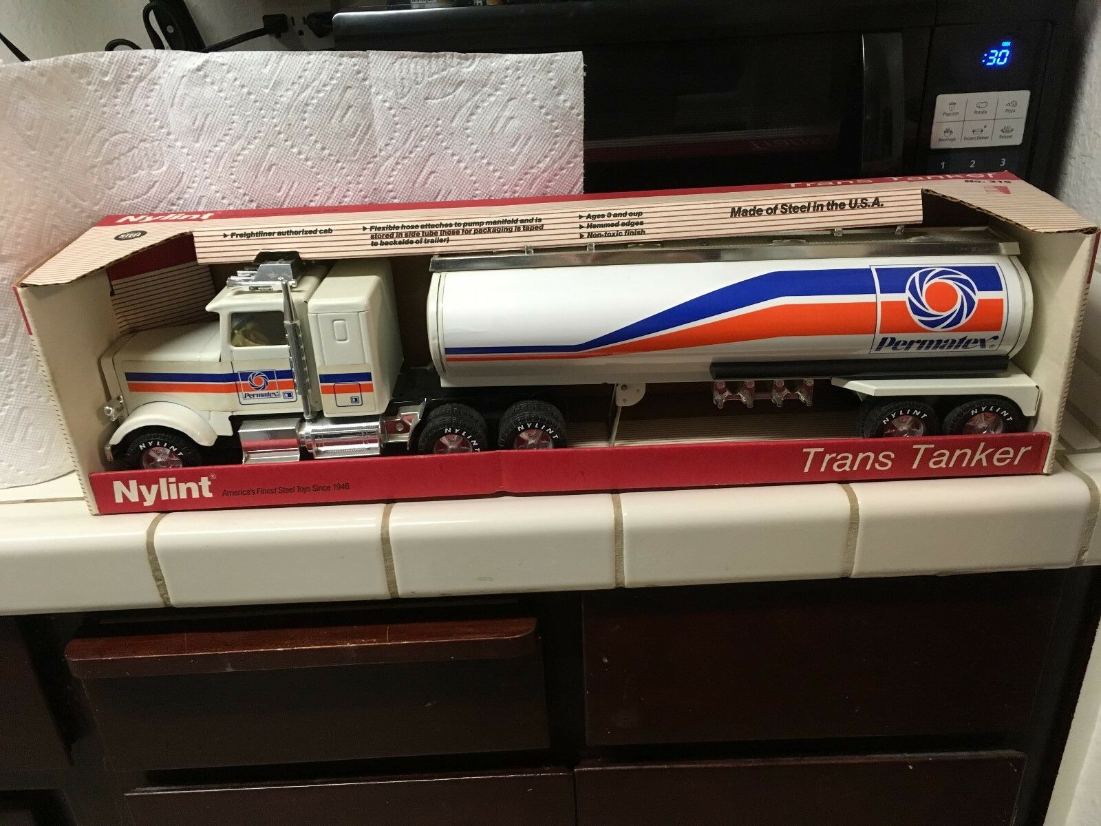 RARE VINTAGE NYLINT PERMATEX TANS TANKER  315 MADE OF STEEL (approx 25 in length